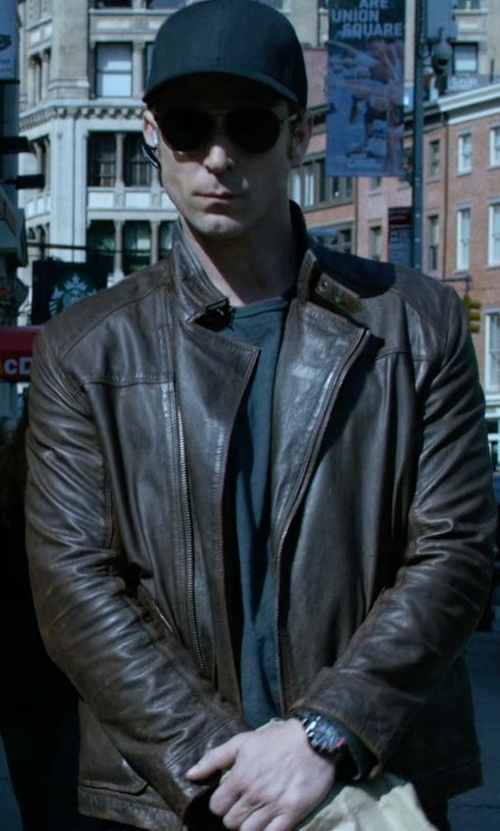 Wil Traval with Bulova Sea King Chronograph UHF Watch in Jessica Jones