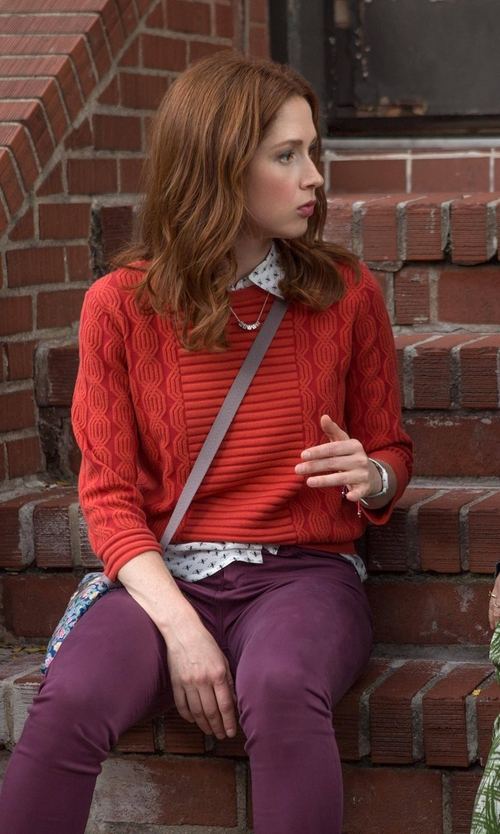 Ellie Kemper with Dex Cable Knit Sweater in Unbreakable Kimmy Schmidt