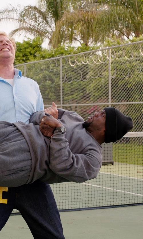 Kevin Hart with Tommy Bahama 'Coastal' Fleece Crewneck Sweatshirt in Get Hard