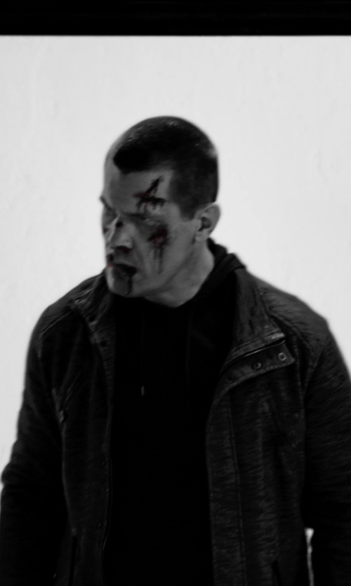 Josh Brolin with Moncler Mate Nylon Field Jacket in Frank Miller's Sin City: A Dame To Kill For