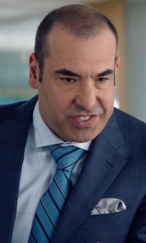 Rick Hoffman with Finamore Paisley Pocket Square in Suits