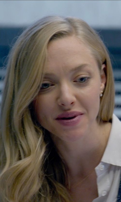 Amanda Seyfried with Ariel Gordon Jewelry Pearl Jacket Stud Earrings in Ted 2