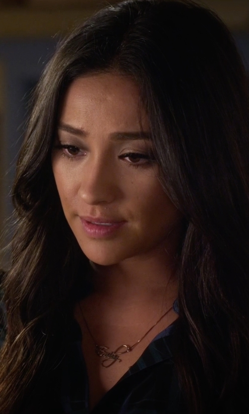 Shay Mitchell with One Necklace Script Name Necklace in Pretty Little Liars