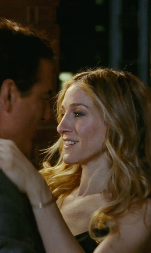 Sarah Jessica Parker with Jennifer Fisher Cuff Bracelet in Sex and the City