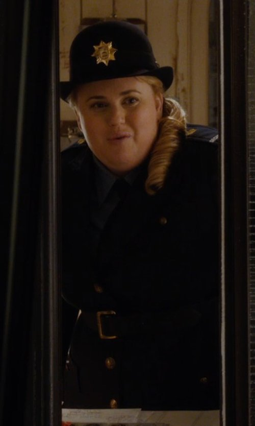 Rebel Wilson with Fossil Key Keeper Leather Belt in Night at the Museum: Secret of the Tomb