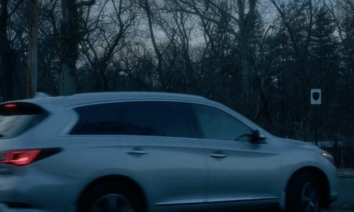 Naomi Watts with Infiniti (Altered) QX60 SUV in Gypsy