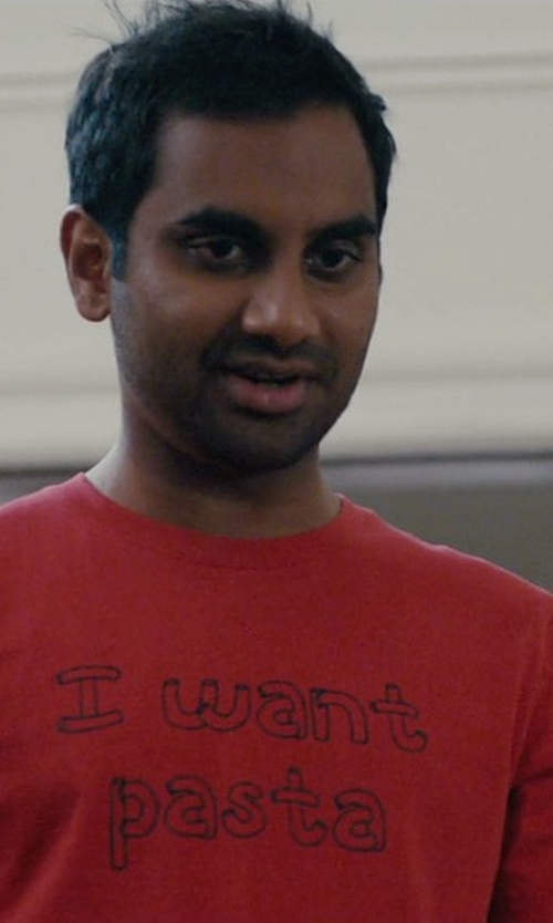 Aziz Ansari with Payunan I Want Pasta T-Shirt in Master of None