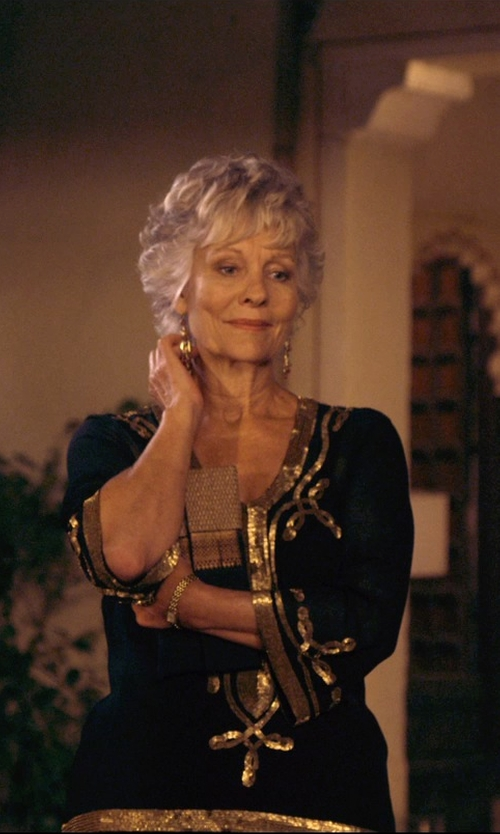 Diana Hardcastle with Whiting & Davis Metal Mesh Zip Top Clutch Bag in The Second Best Exotic Marigold Hotel