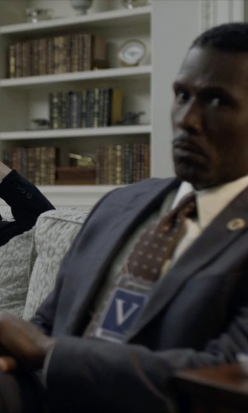 Mahershala Ali with Fashion Clinic Two Piece Suit in House of Cards