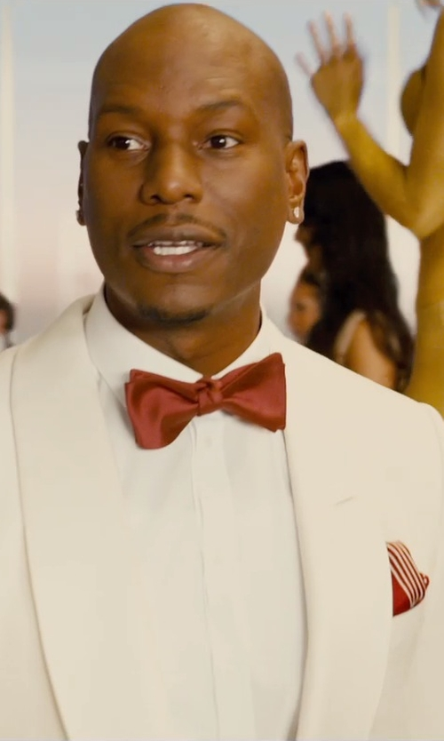 Tyrese Gibson with Lanvin Contrast Polka Dot Silk Pocket Square in Furious 7