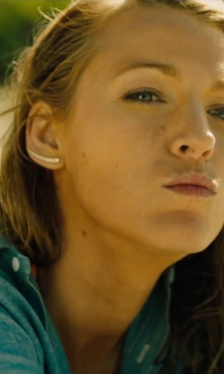 Blake Lively with JLANI Jewels Tusk Ear Crawlers Earrings in The Shallows