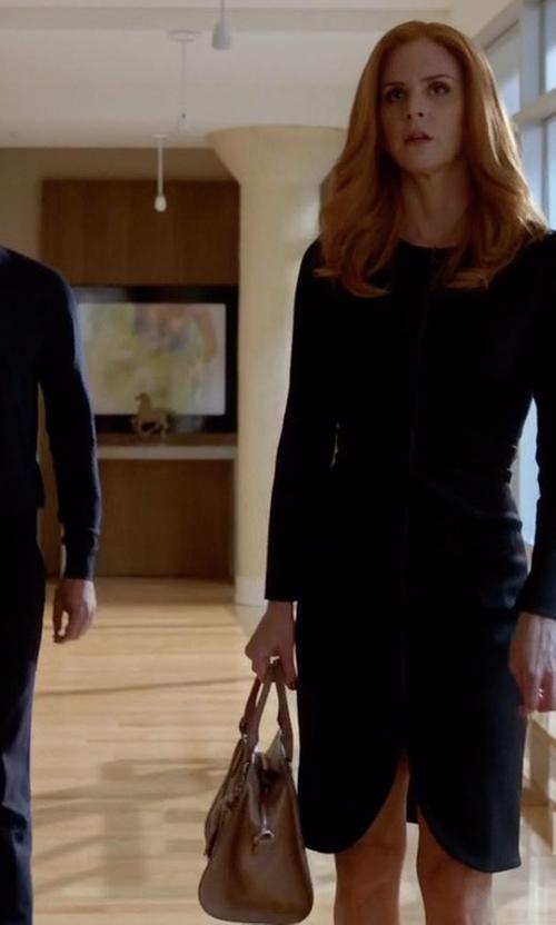 Sarah Rafferty with Alexander McQueen Padlock Leather Shoulder Bag in Suits