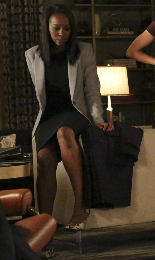 Aja Naomi King with Sam Edelman Hazel Pointed-Toe Snake-Print Pumps in How To Get Away With Murder