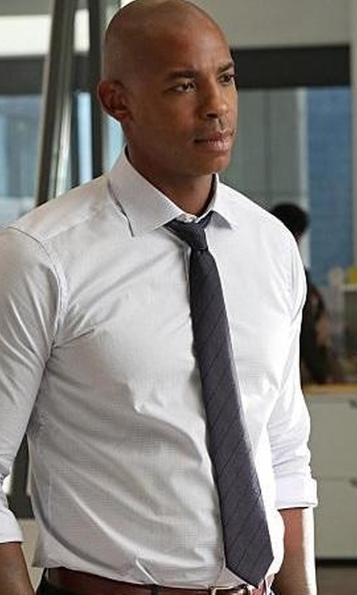 Mehcad Brooks with Boss Stripe Silk Tie in Supergirl