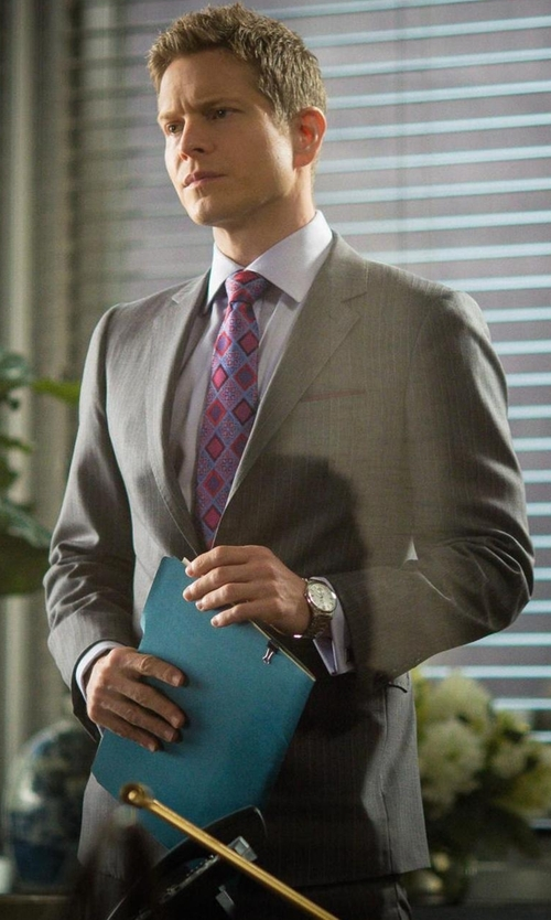 Matt Czuchry with River Island Grey Stripe Slim Suit Jacket in The Good Wife