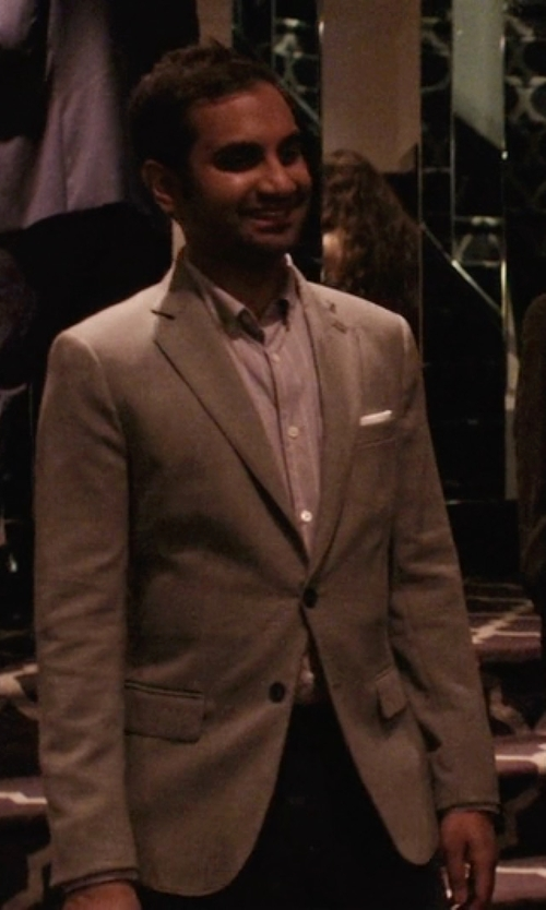Aziz Ansari with Gant Herringbone Wool Sportcoat in Master of None