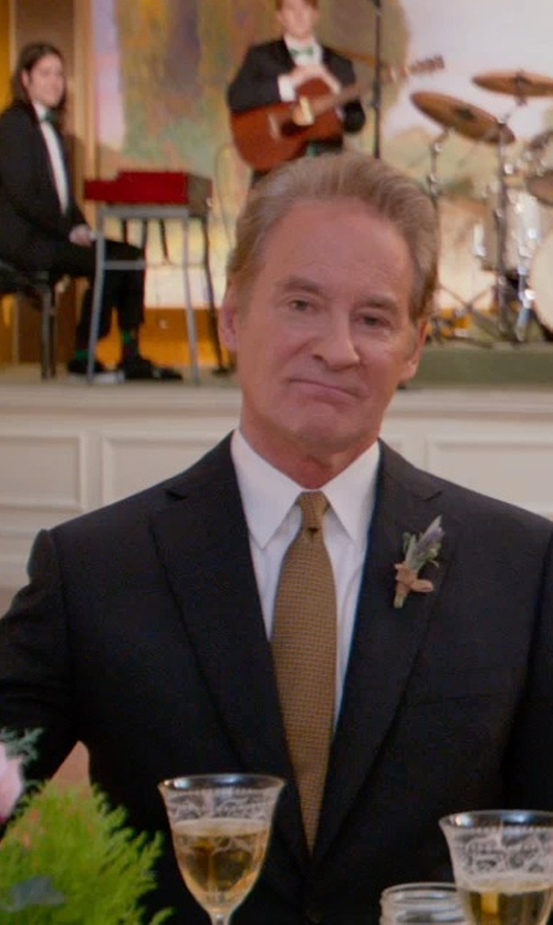 Kevin Kline with Ike Behar Woven Silk Tie in Ricki and the Flash