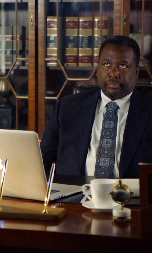 Wendell Pierce with Apple Macbook Pro in Suits