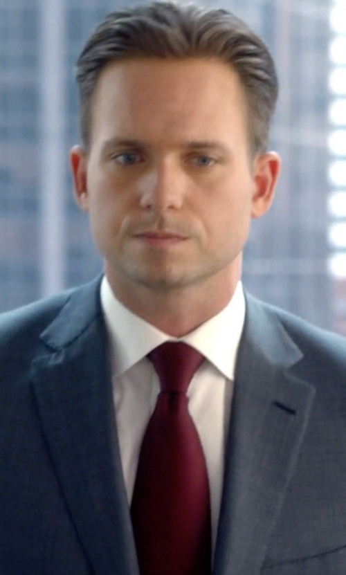 Patrick J. Adams with Lanvin Grosgrain Solid Tie in Suits