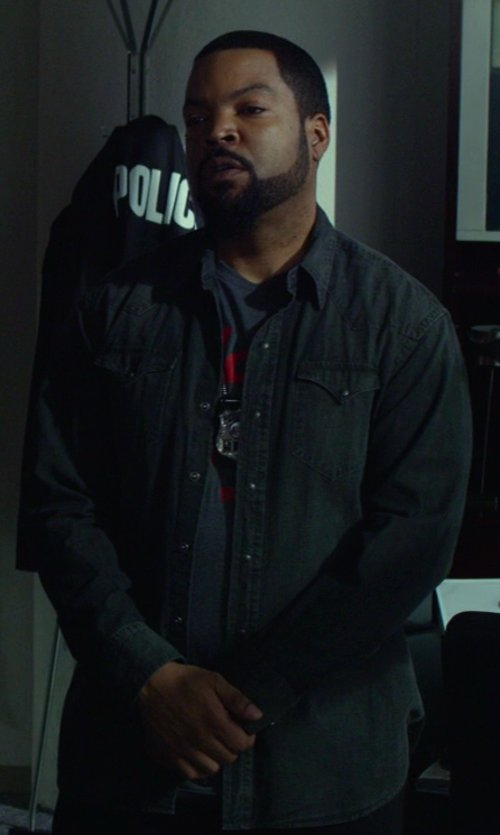 Ice Cube with Tailgate Clothing Co. New York Poker Club Tee in Ride Along