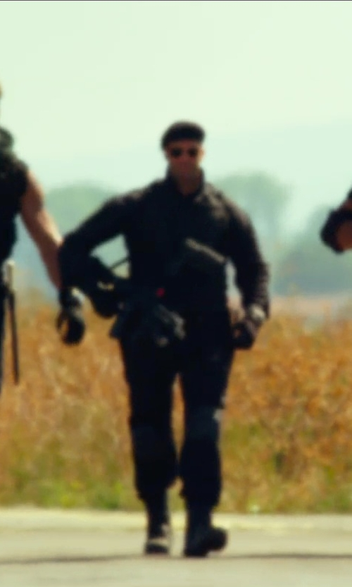 Jason Statham with 5.11 Tactical Taclite TDU Long Sleeve Shirt in The Expendables 3