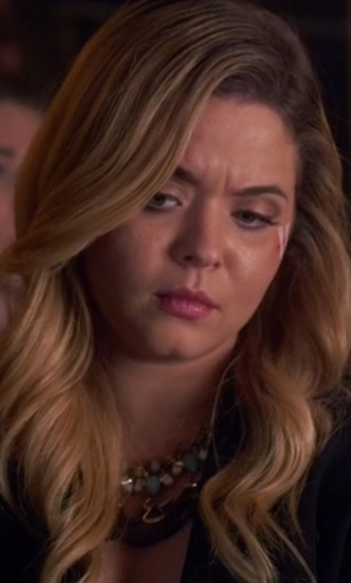 Sasha Pieterse with Stella & Dot Lotus Tassel Necklace in Pretty Little Liars