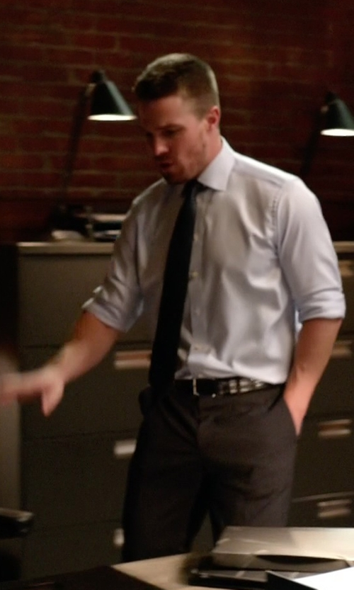 Stephen Amell with Brooks Brothers Dress Trousers in Arrow