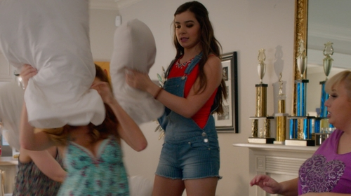 Hailee Steinfeld with Celebrity Pink Denim Shortalls in Pitch Perfect 2