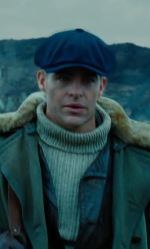 Chris Pine with Sean John Chambray Newsboy Hat in Wonder Woman