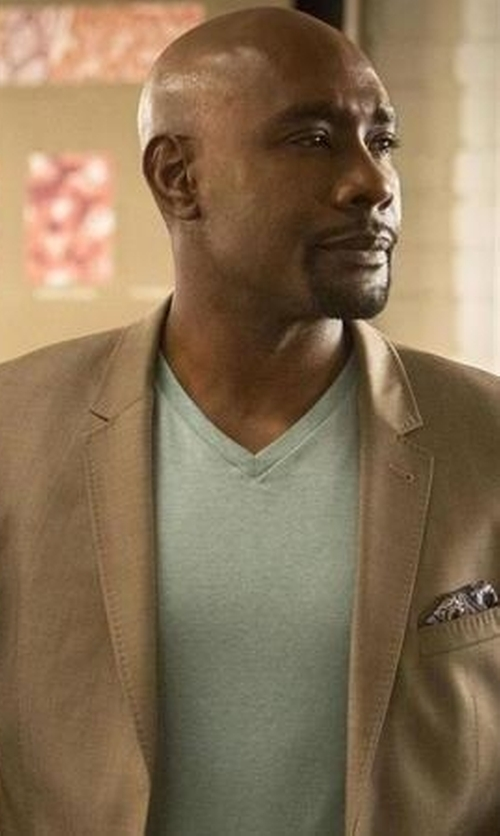 Morris Chestnut with Tommy Hilfiger Solid Corduroy Sport Coat in Rosewood