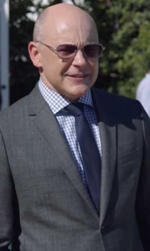 Rob Corddry with Armani Collezioni G-Line New Basic Sharkskin Two-Piece Wool Suit in Ballers