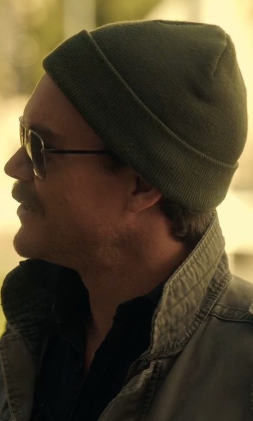 Clayne Crawford with Saks Fifth Avenue Collection Cashmere Slouchy Hat in Lethal Weapon
