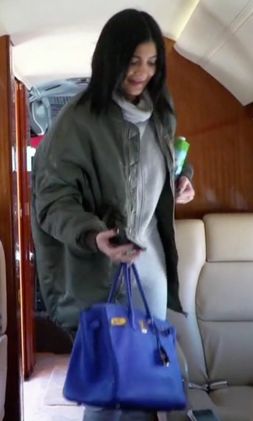 Kylie Jenner with Hermès Birkin Togo Leather Blue Electrique Bag with Gold Hardware in Keeping Up With The Kardashians