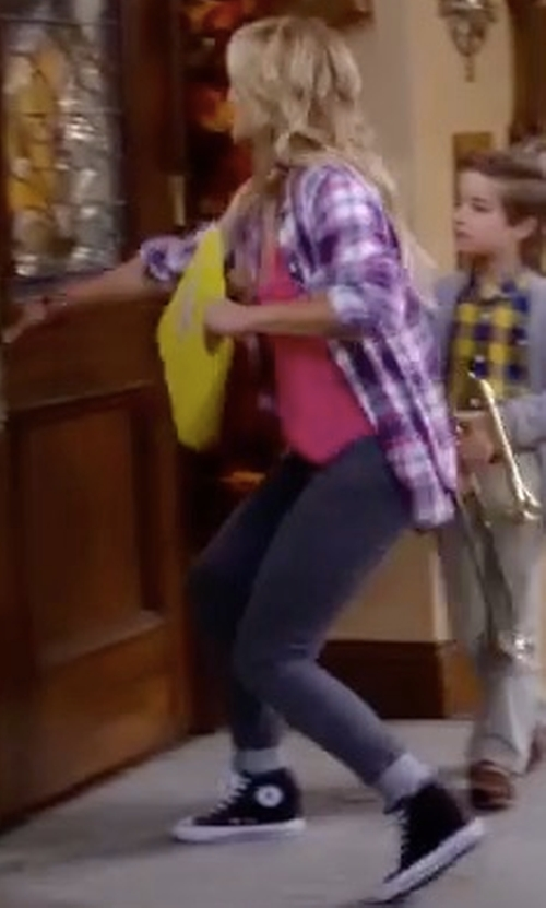 Candace Cameron Bure with Converse Chuck Taylor All Star High Top Sneakers in Fuller House