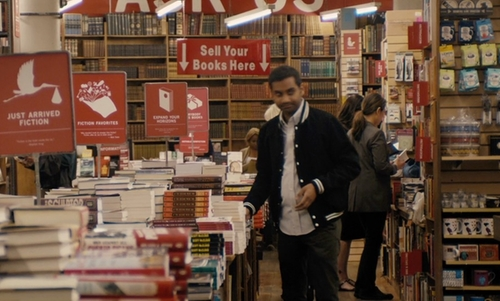 Unknown Actor with The Strand Book Store New York, New York in Master of None