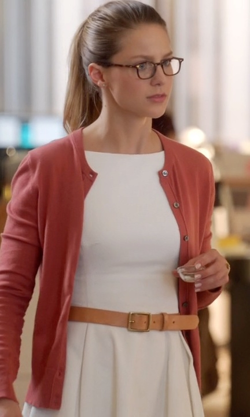 Melissa Benoist with Old-Navy Wide Buckled Belt in Supergirl