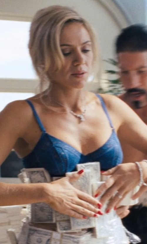 Katarina Cas with Maidenform Bra Enthralled Embellished Lace Plunge Push-Up Bra in The Wolf of Wall Street