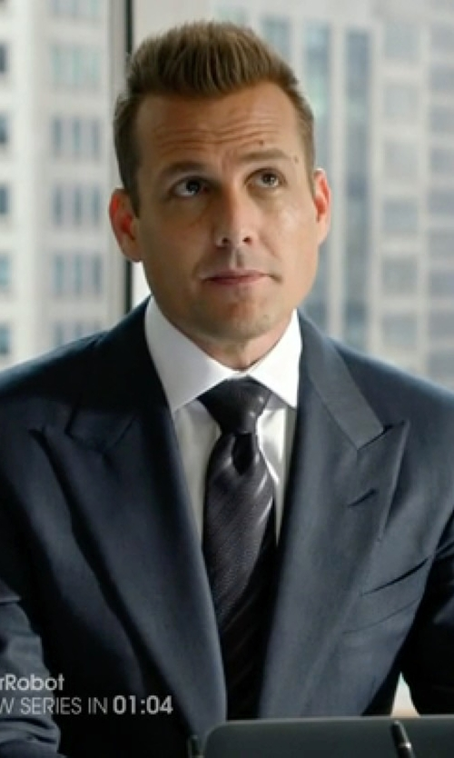Gabriel Macht with Theory Sylvain Solid Dress Shirt in Suits