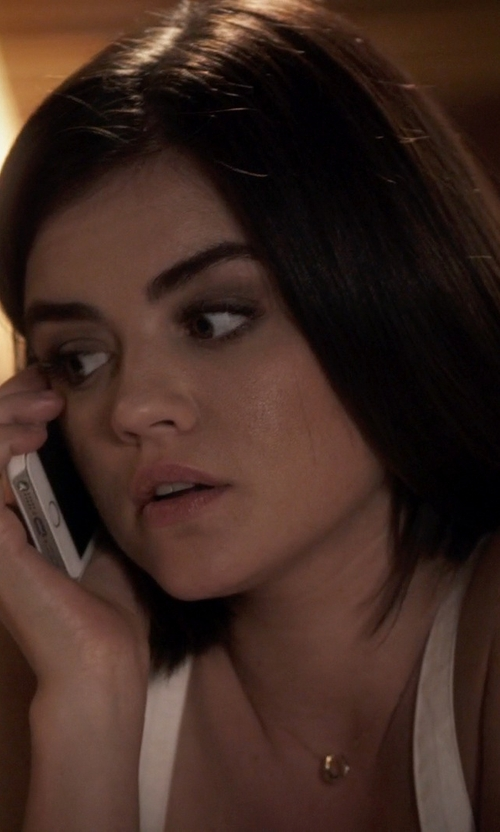 Lucy Hale with Dogeared Lucky Horseshoe Reminder Necklace in Pretty Little Liars