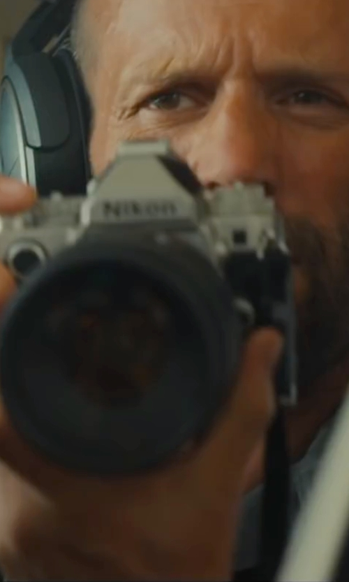 Jason Statham with Nikon DF Digital SLR Camera in Mechanic: Resurrection