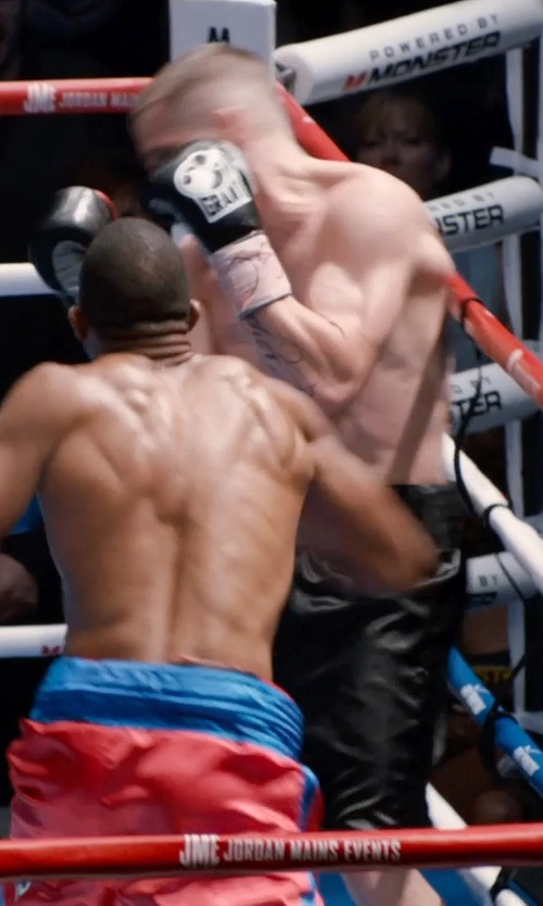 Jake Gyllenhaal with Grant Custom Made Tri-Color Boxing Gloves in Southpaw