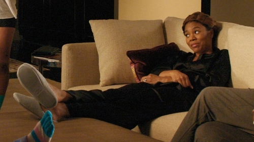 Regina Hall with Ofoot Cotton Memory Foam Slippers in Girls Trip