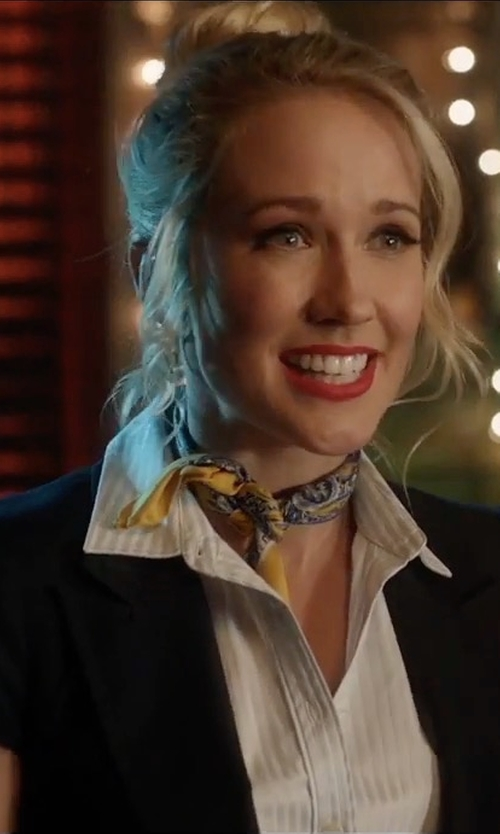 Anna Camp with Private Label Short Sleeves Fitted Blazer in Pitch Perfect 3