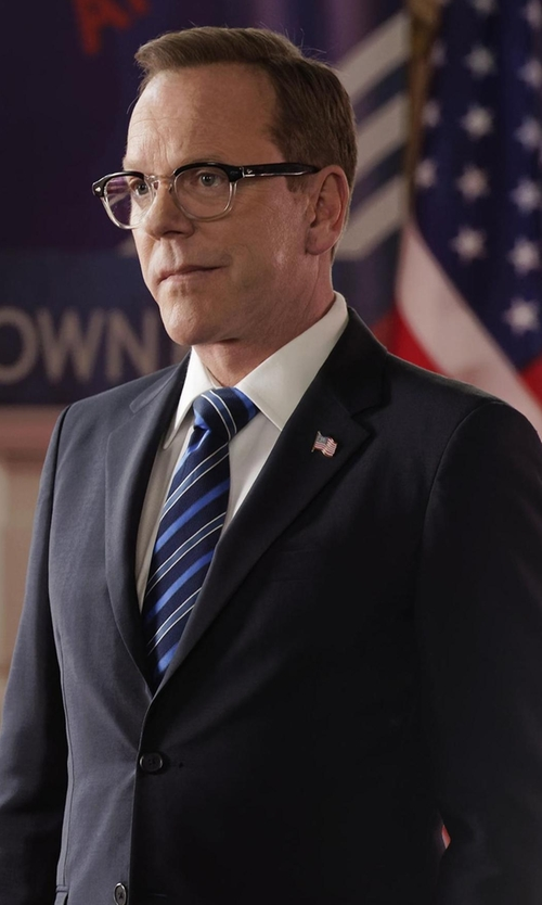 Kiefer Sutherland with Armani Collezioni M-Line Solid Two-Piece Wool Suit in Designated Survivor