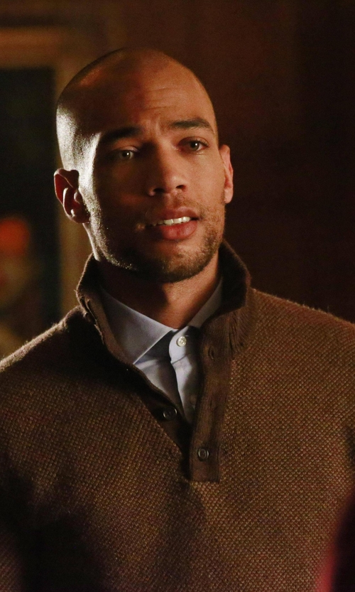 Kendrick Sampson with Polo Ralph Lauren Birdseye Tussah Silk Sweater in How To Get Away With Murder