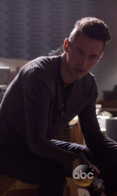 Sam Palladio with Rag & Bone Long Sleeve Henley Shirt in Nashville