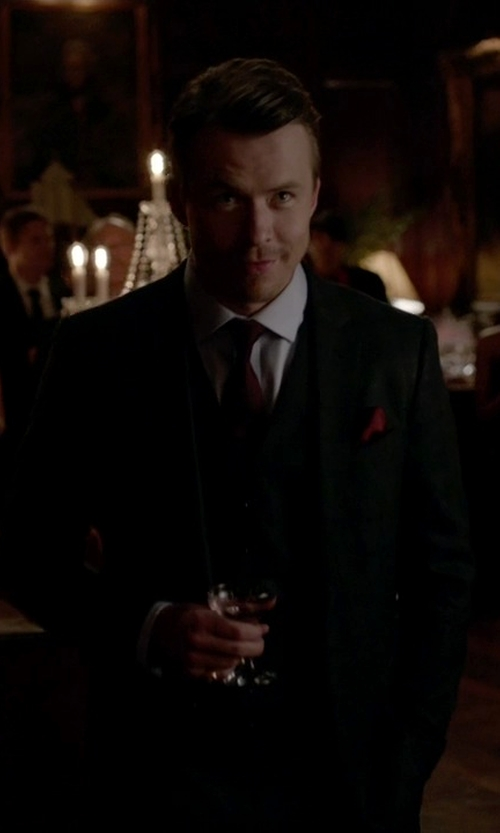 Matthew Davis with Boss Hugo Boss Three-Piece Suit in The Vampire Diaries