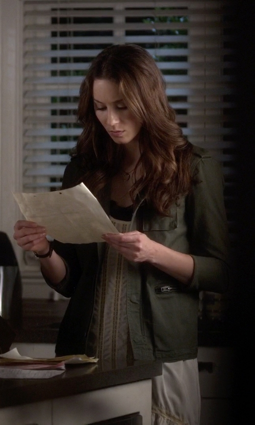 Troian Bellisario with Gorjana 'G Pressed' Small Necklace in Pretty Little Liars