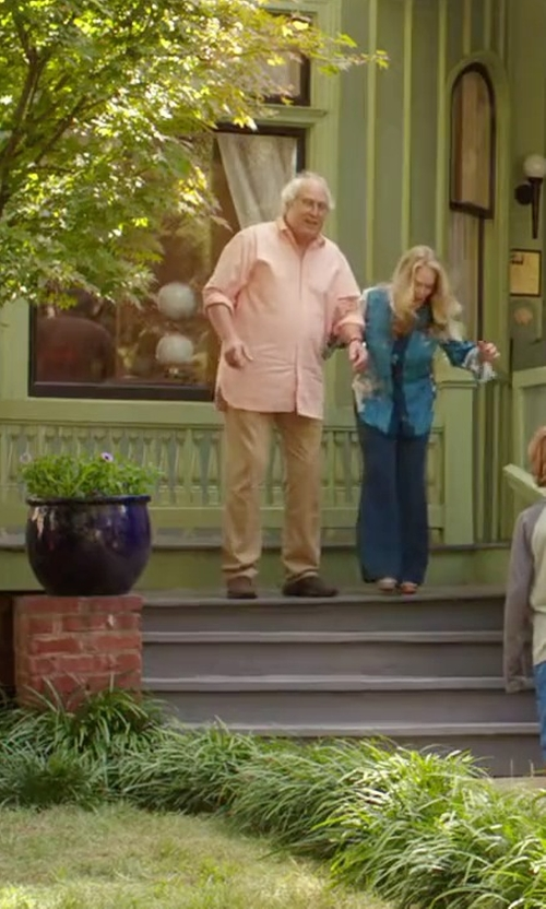Chevy Chase with Steve Madden Draftt Shoes in Vacation