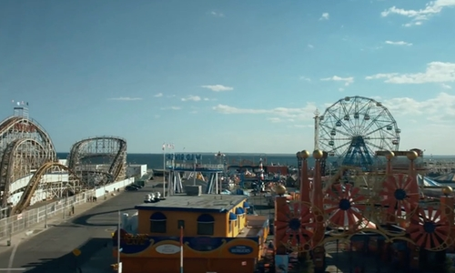 Cristin Milioti with Luna Park Coney Island Brooklyn, New York in It Had To Be You